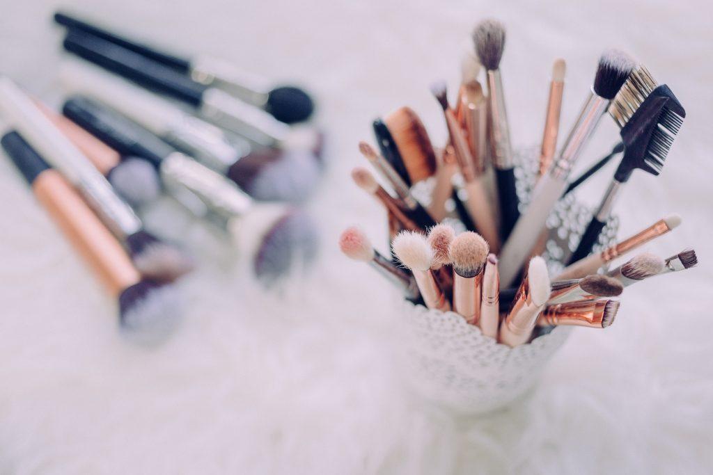İş Kadınları İçin Hayat Kurtaran Makyaj